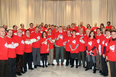 Miembros del Consejo de Gobierno de la Universidad de Córdoba promocinando la donación del hospital