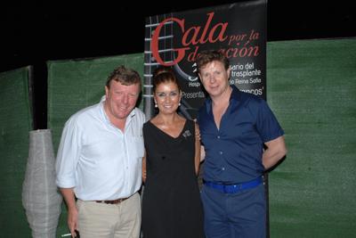 Los Morancos y Rafaela Belmonte