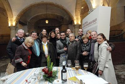Autores del libro, profesionales del hospital y familiares de trasplantados.