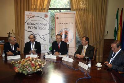 Los especialistas que participaron en la presentación del encuentro a los medios.