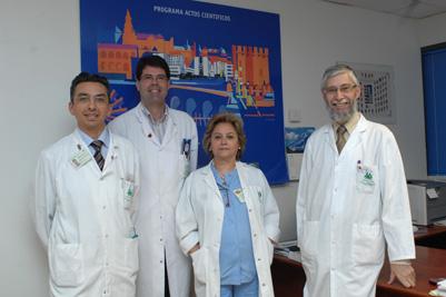 En la imagen: los doctores López Miranda, Fuentes, Pérez Jiménez y la enfermera Carmen Rodríguez.