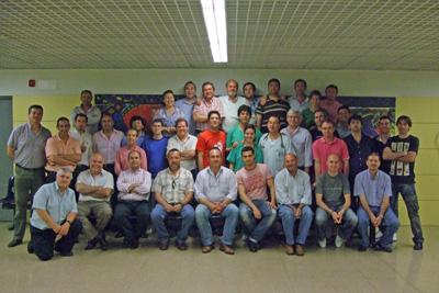 Profesionales del sector del taxi y los intensivistas que impartieron el taller