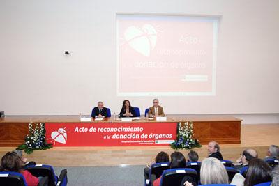 La consejera de Salud acompañada por el alcalde de Córdoba y el coordinador autonómico de trasplantes