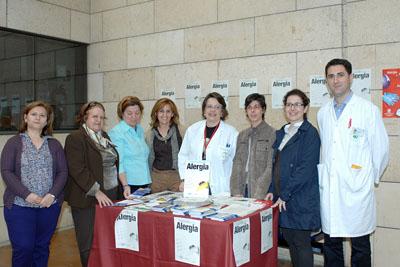 Profesionales del hospital y miembros de asociaciones de pacientes