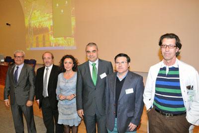 María Isabel Baena junto a otros responsables sanitarios en las jornadas de Medicina Nuclear