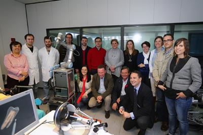 Algunos de los profesionales que participan en el diseño del robot