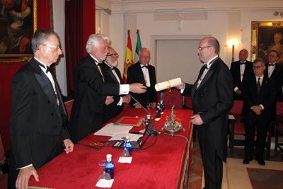 Javier Briceño recibe su nuevo nombramiento
