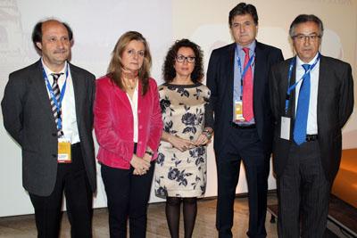 Autoridades y organizadores en la presentación del congreso