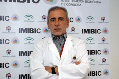 El responsable de Reumatología del hospital, Eduardo Collantes