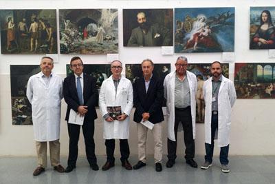 Responsables de los hospitales Reina Sofía y de Montilla en la inauguración de la exposición.