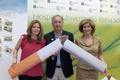 Profesionales participan en el Día Mundial Sin Tabaco