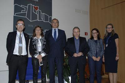 Autoridades, organizadores ponentes en la inauguración de las jornadas