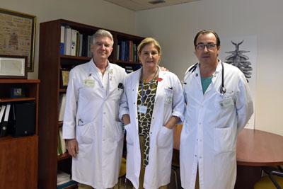 Los doctores Ángel Salvatierra, Rosa María Paredes y Juan Carlos Robles