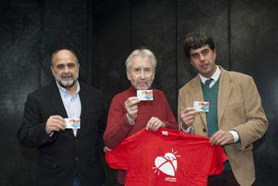 José Sacristan junto a los Dres. Llergo y Dueñas
