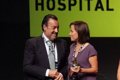 Entrega de premio al Hospital Universitario Reina Sofía