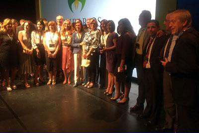 Foto de familia con la presidenta de la Junta de Andalucía