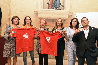 La periodista Rosa María Calaf se adhiere a la campaña de promoción de la donación de órganos
