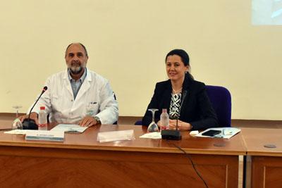 El director asistencial del Hospital, Antonio Llergo y la directora de la IATA, Natividad Cuende