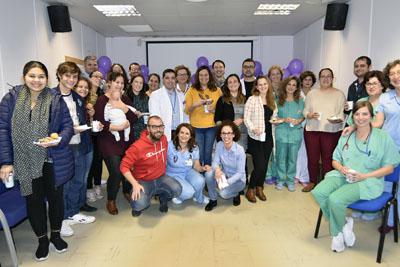 Familias con niños ingresados en neonatología y que han pasado por esta unidad celebran un día de convivencia