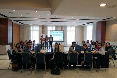 En la imagen, el coordinador de Trasplantes Juan Carlos Robles, con el enfermero de la ONT David Uruñuela y la coordinadora de Málaga Pilar Ruiz