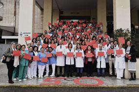 Foto de familia de profesionales del Hospital Provincial