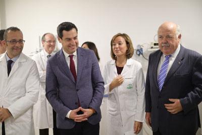 La directora gerente acompaña al Presidente de la Junta en visita por el hospital