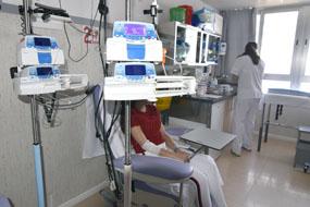 Una menor recibe atención en la Unidad de Tratamiento Ambulatorio (UTA)