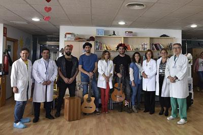 Músicos y profesionales del Hospital ponen en marcha el programa MimaMusic