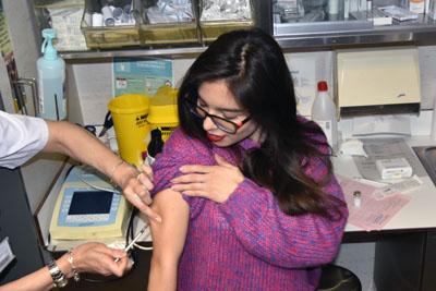 Una paciente acude a su consulta de seguimiento y control de alergia