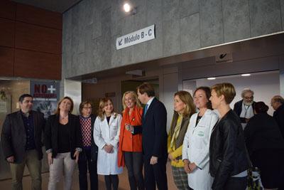 Autoridades visitan la unidad de detección precoz de cáncer de mama del CARE Castilla del Pino