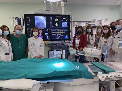 La delegada de Salud y Familias visitó el nuevo equipo