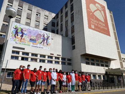 Responsables sanitarios, de Meridianos y del centro Sierra Morena durante la inauguración de la obra