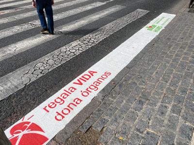 El mensaje de la donación llega al centro de la ciudad