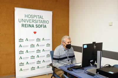 José María Rubio presenta la actividad en IMIBIC
