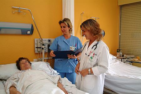 Consulta a paciente hospitalizado en reumatología