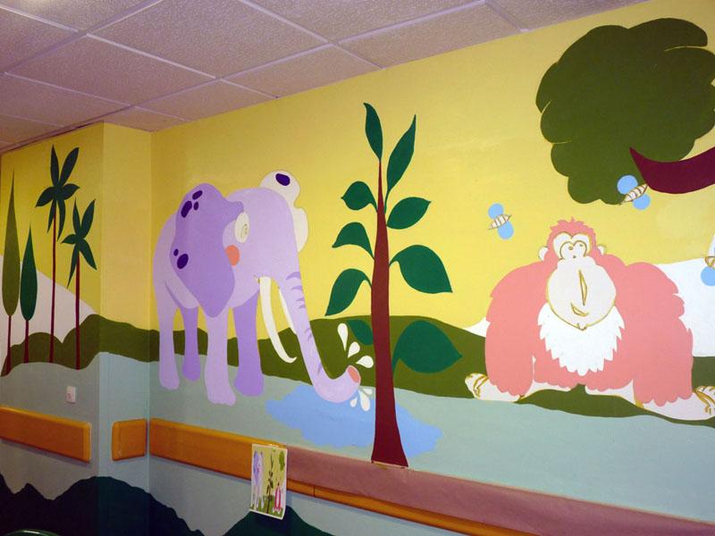 Mural del elefante y el gorila