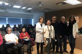 La directora gerente del hospital, organizadores y ponentes del curso