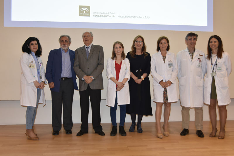 Clementina López recibe el Premio Profesor Don Carlos Pera por su trabajo docente e investigador