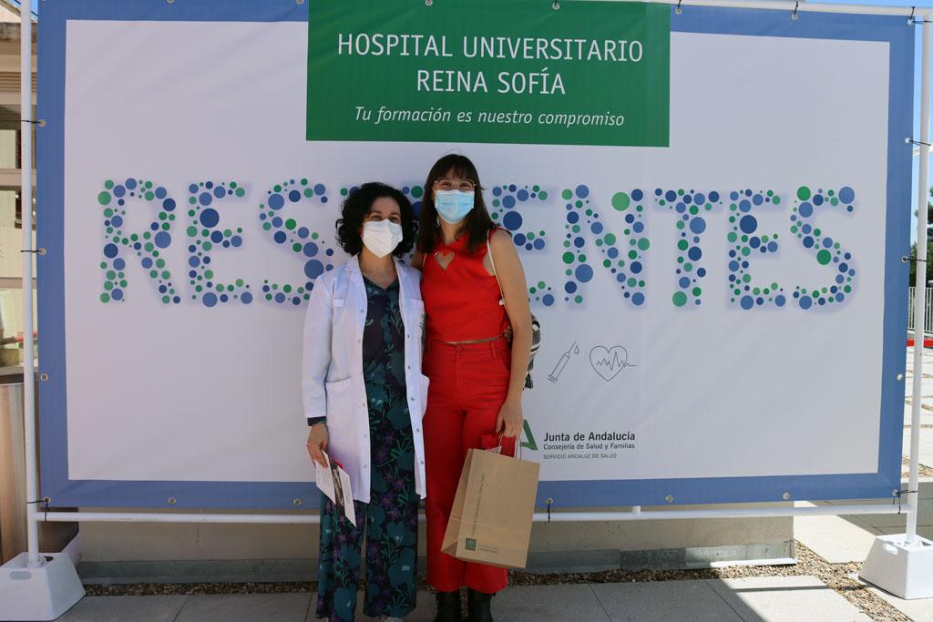 Residentes y directora de UGC de Endocrinología