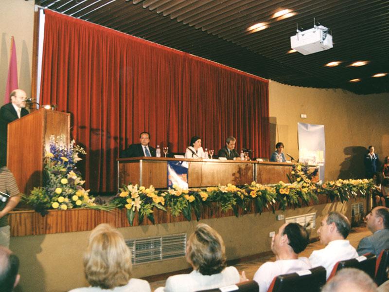 En el 25 cumpleaños del Reina Sofía. 2001