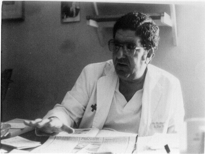 Jefe de departamento de tocoginecología Remón Diaz Castellanos. 1985