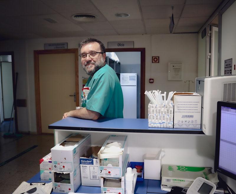 Antonio De La Torre, Jefe de Sección Obstetricia.