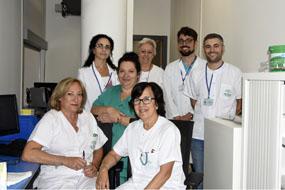 Profesionales de Farmacia del Hospital Reina Sofía