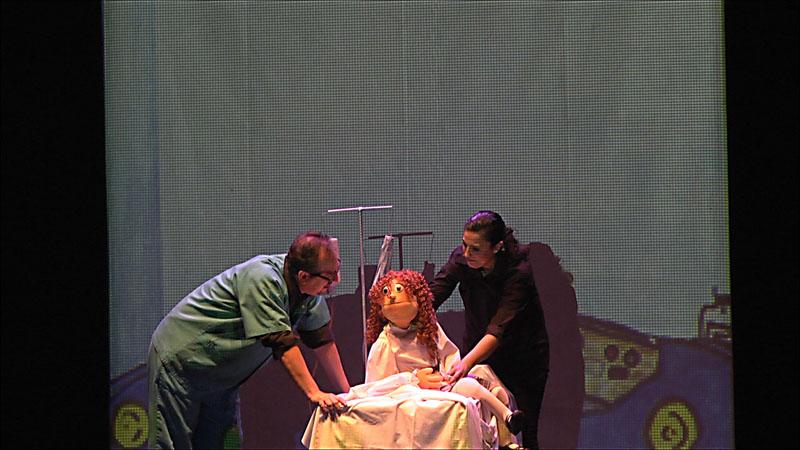 El doctor atiende a Greta