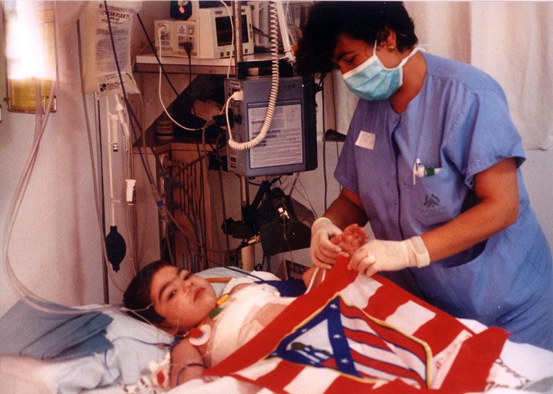 Samuel, el paciente más joven de España que recibe un trasplante doble de pulmón. 1998
