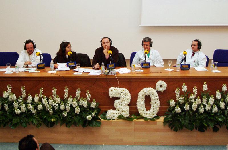 Un programa de Radio Córdoba da paso a las actividades para celebrar el 30 aniversario. 2006